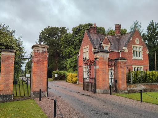 Bagshot Park Gatehouse Ingress Portal